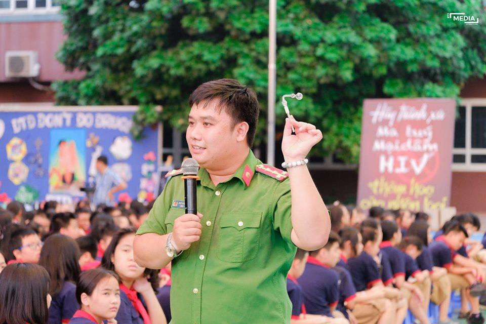 Phóng sự Công An Thành phố  Hà Nội tuyên truyền về ma túy tại trường Đoàn Thị Điểm