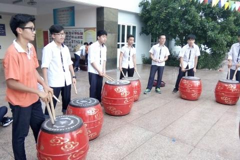 Câu lạc bộ trống hội hăng say tập luyện cho Lễ khai giảng năm học mới