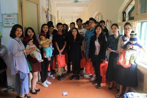 Chuyến đi thiện nguyện lớp 10A2 đến bệnh viện Hữu nghị Việt Nam - Cu Ba