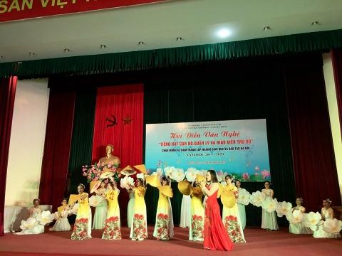 Hội thi - Tiếng hát cán bộ quản lý và giáo viên thủ đô