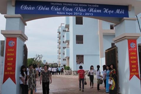 Học sinh lớp 12 trường THPT Đoàn Thị Điểm đỗ Tốt nghiệp 100%